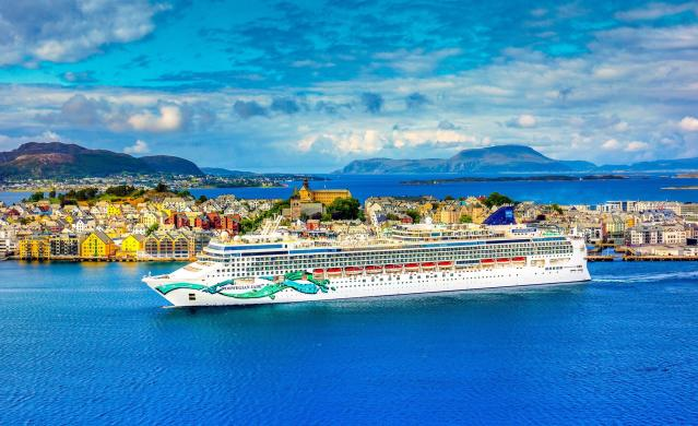 Norwegian Cruise Line (Facebook)