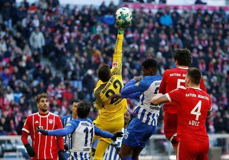 Soccer Football - Bundesliga - Bayern Munich vs Hertha BSC - Allianz Arena, Munich, Germany - February 24, 2018 Hertha Berlin's Rune Jarstein makes a save REUTERS/Michaela Rehle