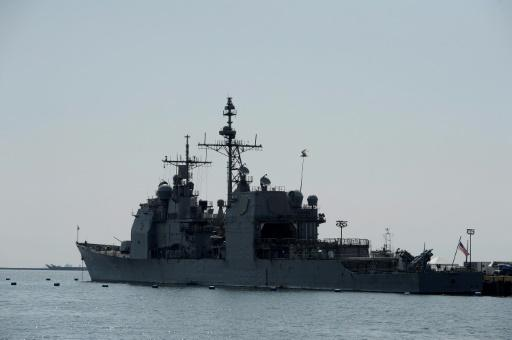 U.S.  warships sail through Taiwan Strait