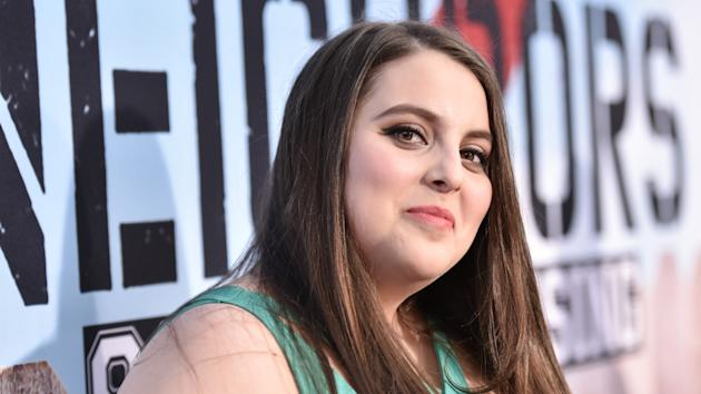 Bette Midler S Broadway Hello Dolly Completes Cast With Beanie Feldstein