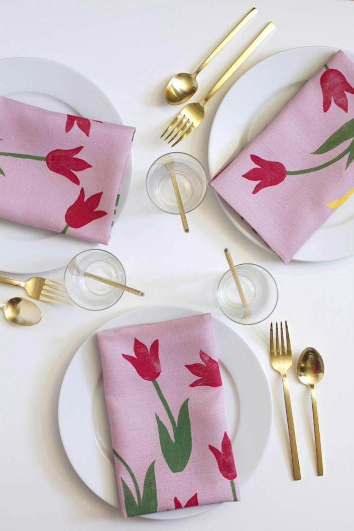 """<p>This floral-inspired gift is better than a bouquet. Just be warned: She may not believe that the gorgeous design on these napkins was done by hand. </p><p><strong>Get the tutorial at <a href=""""http://thehousethatlarsbuilt.com/2016/04/diy-block-print-tulip-napkin.html/"""" rel=""""nofollow noopener"""" target=""""_blank"""" data-ylk=""""slk:The House that Lars Built"""" class=""""link rapid-noclick-resp"""">The House that Lars Built</a>.</strong></p><p><a class=""""link rapid-noclick-resp"""" href=""""https://go.redirectingat.com?id=74968X1596630&url=https%3A%2F%2Fwww.walmart.com%2Fip%2FCrazy-Colors-30-Color-3D-Fabric-Paint-Set-Kit-Shiny-Vibrant-Puffy-Colors-in-Marker-Pen-Style-Bottles%2F606985614&sref=https%3A%2F%2Fwww.thepioneerwoman.com%2Fholidays-celebrations%2Fgifts%2Fg32307619%2Fdiy-gifts-for-mom%2F"""" rel=""""nofollow noopener"""" target=""""_blank"""" data-ylk=""""slk:SHOP FABRIC PAINT"""">SHOP FABRIC PAINT</a><strong><br></strong></p>"""
