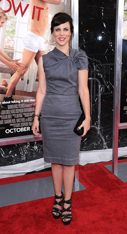 "<a href=""http://movies.yahoo.com/movie/contributor/1808991779"">Sarah Burns</a> at the New York City premiere of <a href=""http://movies.yahoo.com/movie/1810126237/info"">Life as We Know It</a> on September 30, 2010."