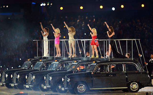 LONDON, ENGLAND - AUGUST 12: Melanie Chisholm, Emma Bunton, Melanie Brown, Geri Halliwell and Victoria Beckham of The Spice Girls perform during the Closing Ceremony on Day 16 of the London 2012 Olympic Games at Olympic Stadium on August 12, 2012 in London, England. (Photo by Mike Hewitt/Getty Images)