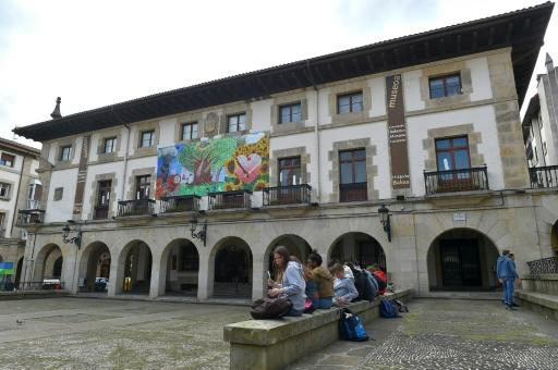 At the peace museum in the Spanish Basque village of Guernica, they are seeking to get people talking about the region's long and bloody history, subjects which were long held as taboo
