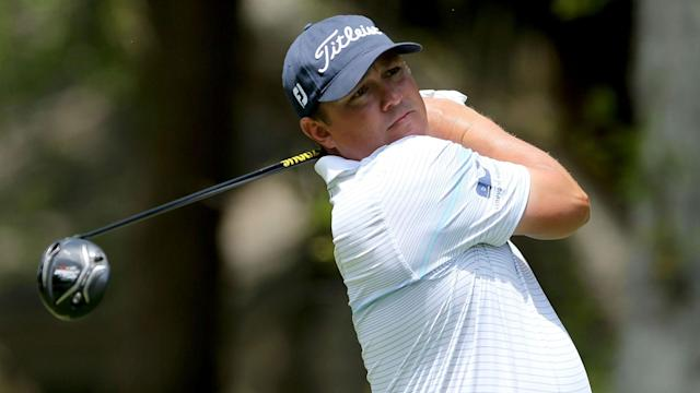 Jason Dufner was the class of the field at the RBC Heritage on Saturday as he went round in six under, with two eagles, to claim the lead.