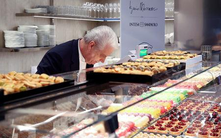 Pastry chef Iginio Massari is seen during the inauguration of his new patisserie in downtown Milan, Italy, March 12, 2018.  REUTERS/Stefano Rellandini