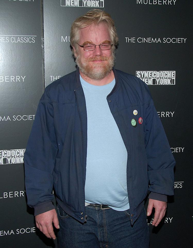 """<a href=""""http://movies.yahoo.com/movie/contributor/1800021779"""">Philip Seymour Hoffman</a> at the New York premiere of <a href=""""http://movies.yahoo.com/movie/1809873025/info"""">Synecdoche, New York</a> - 1015/2008"""