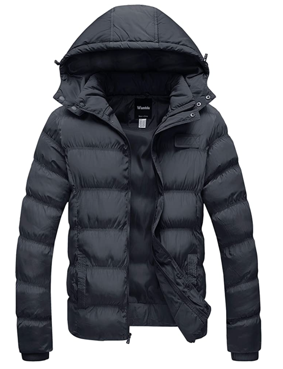 Wantdo Men's Lightweight Hooded Puffer. Image via Amazon.