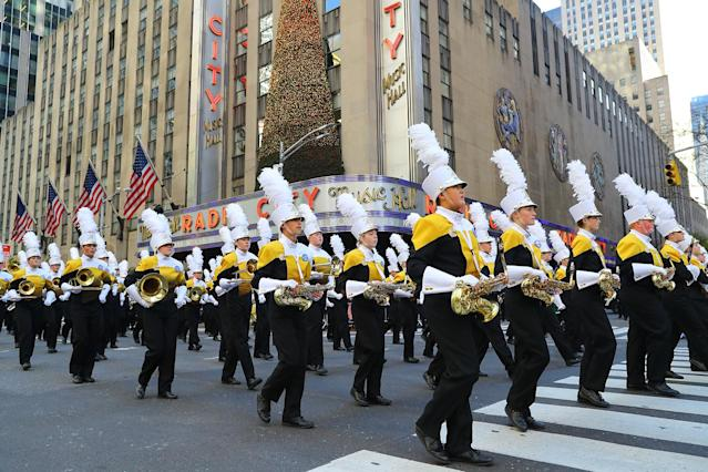 <p>The Davis High School Marching Band from Kaysville, Utah, marches in the 91st Macy's Thanksgiving Day Parade in New York, Nov. 23, 2017. (Photo: Gordon Donovan/Yahoo News) </p>