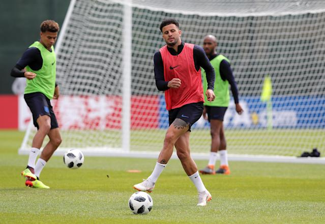 Man City defender Kyle Walker gets down to business at England's training base. (Getty)