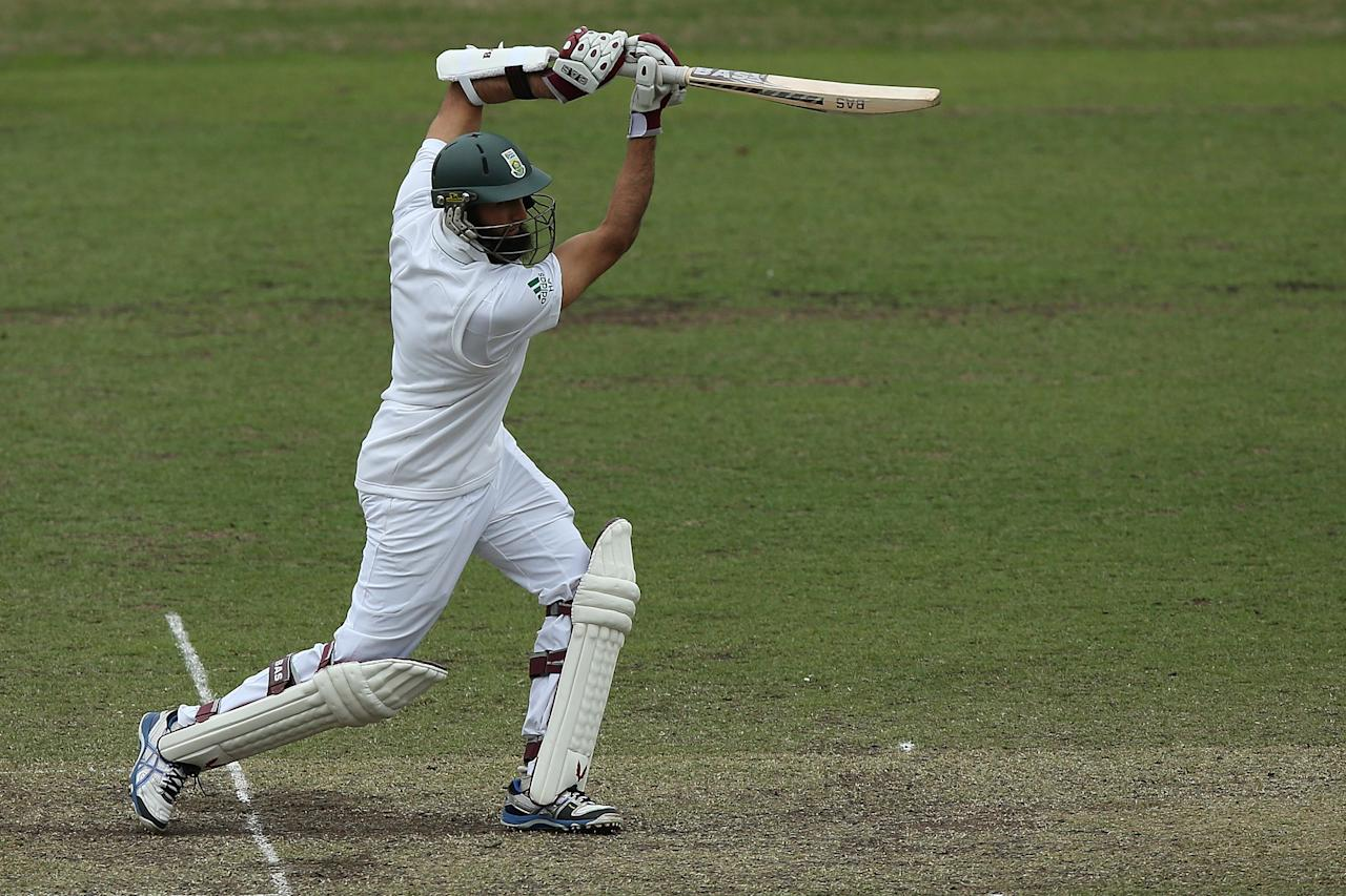 SYDNEY, AUSTRALIA - NOVEMBER 03:  Hashim Amla of South Africa bats during day two of the International TOur Match between Australia A and South Africa at Sydney Cricket Ground on November 3, 2012 in Sydney, Australia.  (Photo by Chris Hyde/Getty Images)
