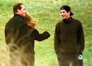 <p>John F. Kennedy Jr. and Arnold Schwarzenegger talk at the Kennedy family compound in Hyannis Port, Mass. in 1995.</p>