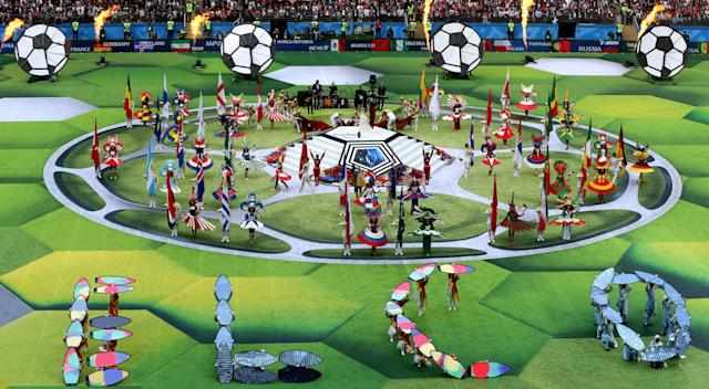 <p>Moscow (Russian Federation), 14/06/2018.- Actors perform during the opening ceremony prior to the FIFA World Cup 2018 group A preliminary round soccer match between Russia and Saudi Arabia in Moscow, Russia, 14 June 2018.<br>(RESTRICTIONS APPLY: Editorial Use Only, not used in association with any commercial entity – Images must not be used in any form of alert service or push service of any kind including via mobile alert services, downloads to mobile devices or MMS messaging – Images must appear as still images and must not emulate match action video footage – No alteration is made to, and no text or image is superimposed over, any published image which: (a) intentionally obscures or removes a sponsor identification image; or (b) adds or overlays the commercial identification of any third party which is not officially associated with the FIFA World Cup) (Mundial de Fútbol, Arabia Saudita, Abierto, Moscú, Rusia) EFE/EPA/ABEDIN TERKENAREH EDITORIAL USE ONLY </p>