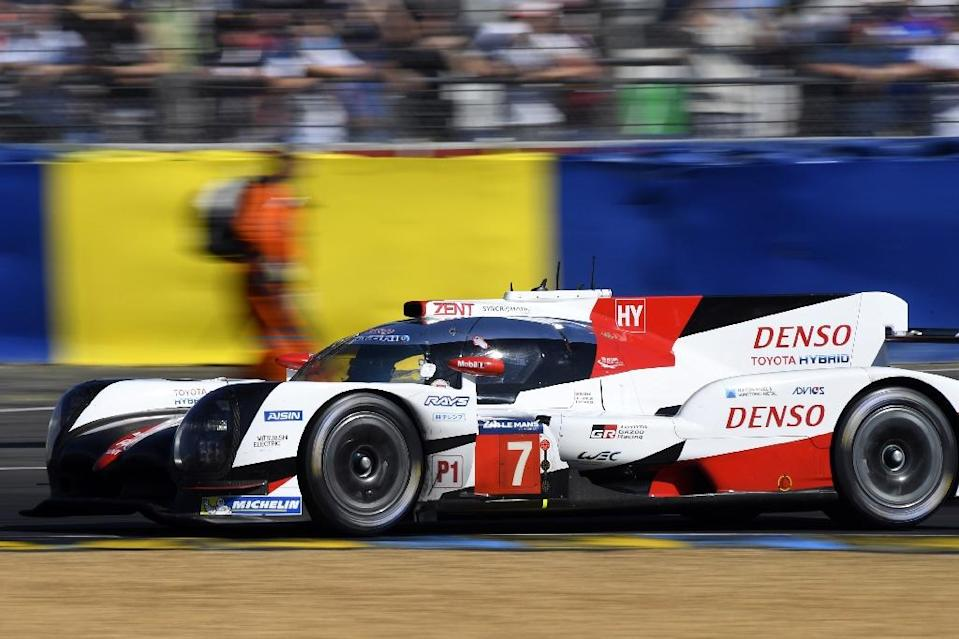 Two of Toyota's three hybrid cars have to leave the 24-hour Le Mans race (AFP Photo/DAMIEN MEYER)