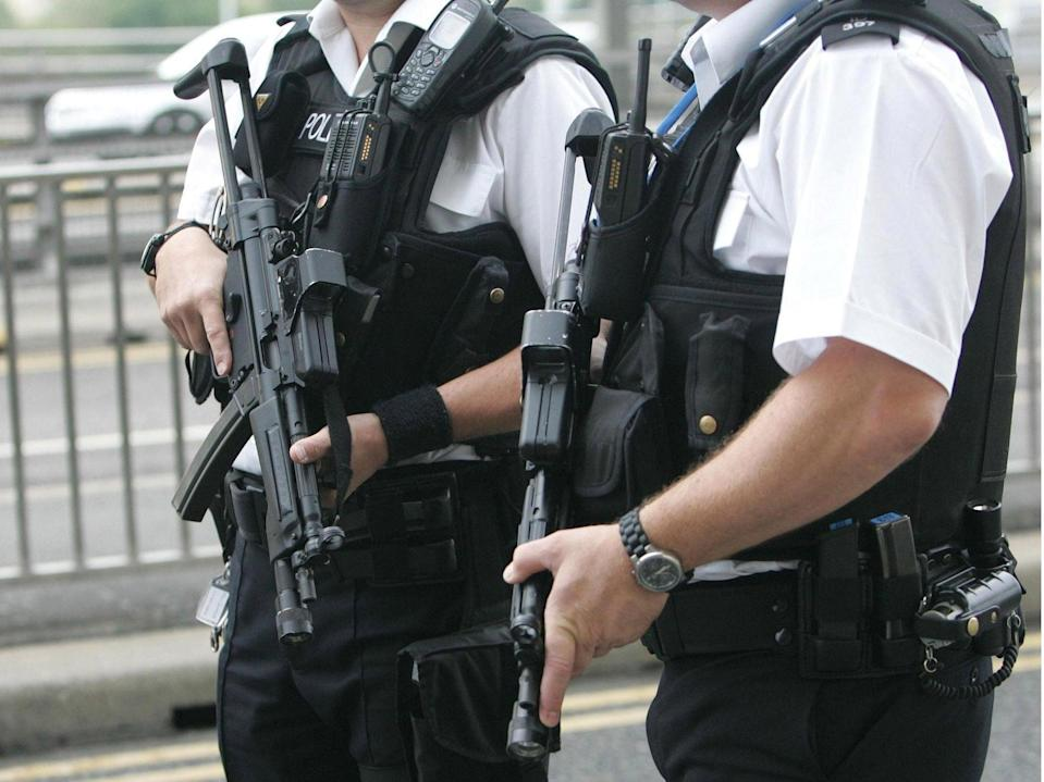 Armed police at Heathrow Airport (Armed police)