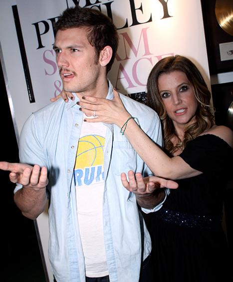 "PIC: LOL! Lisa Marie Presley ""Strangles"" Daughter's Fiance Alex Pettyfer"