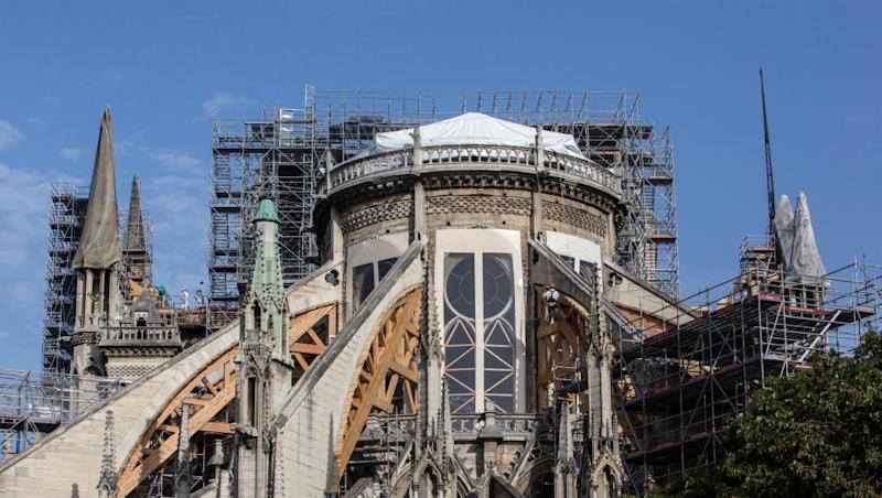 Notre-Dame clean up resumes after lead contamination concerns