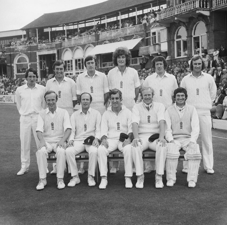 The England cricket team responsible for regaining the Ashes from Australia, winning the series 3-0. Shown here is the team in the final drawn test at the Oval, 30th August 1977. Back row, left to right: Derek Randall, Bob Woolmer, Mike Hendrick, Bob Willis, Graham Roope and John Lever. Front row, left to right: Derek Underwood, Geoffrey Boycott, Mike Brearley (capt.), Tony Greig and Alan Knott. (Photo by Dennis Oulds/Central Press/Hulton Archive/Getty Images)