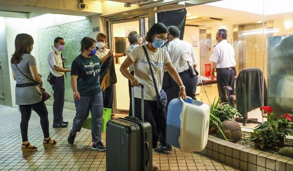 Hundreds of Hongkongers were ordered into quarantine after mutated coronavirus strains were discovered in their housing blocks. Photo: Edmond So