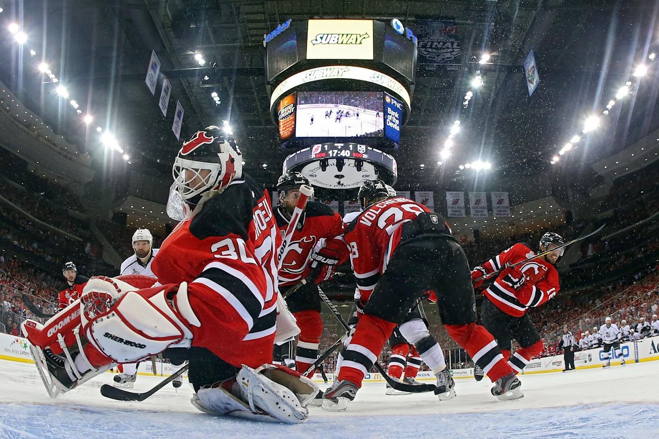 NEWARK, NJ - JUNE 02: Martin Brodeur #30 of the New Jersey Devils tends goal against the Los Angeles Kings during Game Two of the 2012 NHL Stanley Cup Final at the Prudential Center on June 2, 2012 in Newark, New Jersey.  (Photo by Bruce Bennett/Getty Images)