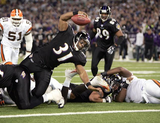 As awesome as the all-purple looks, you can't beat the all-black, as shown here on Jamal Lewis. (Photo by Doug Pensinger/Getty Images)