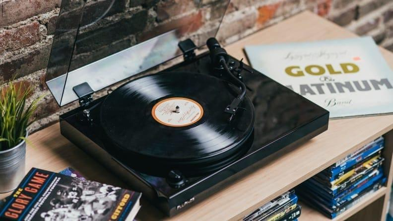 Best Father's Day Gift: A Flaunce record player