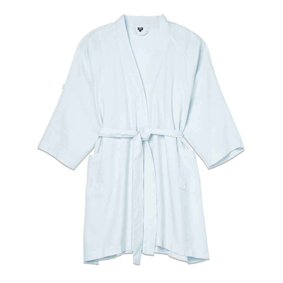<p><span>The Everyday Linen Robe in Cotton Candy</span> ($88) </p>