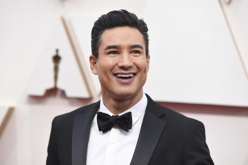 Mario Lopez arrives at the Oscars on Sunday, Feb. 9, 2020, at the Dolby Theatre in Los Angeles. (Photo by Jordan Strauss/Invision/AP)