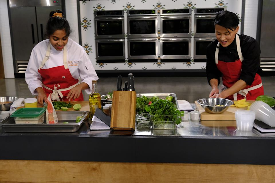 """A contestant and a """"Top Chef"""" winner cook together on """"Top Chef: Amateurs."""""""