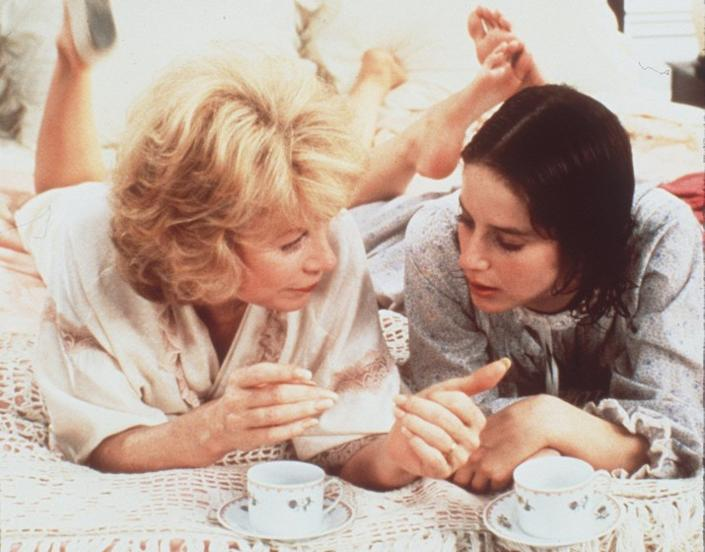 """Shirley MacLaine, left, and Debra Winger in the 1983 drama """"Terms of Endearment"""" on Showtime. <span class=""""copyright"""">(Handout / Los Angeles Times)</span>"""