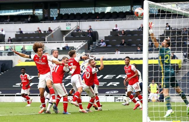 A goal from Toby Alderweireld ensured Jose Mourinho tasted success in his first north London derby in charge of Tottenham