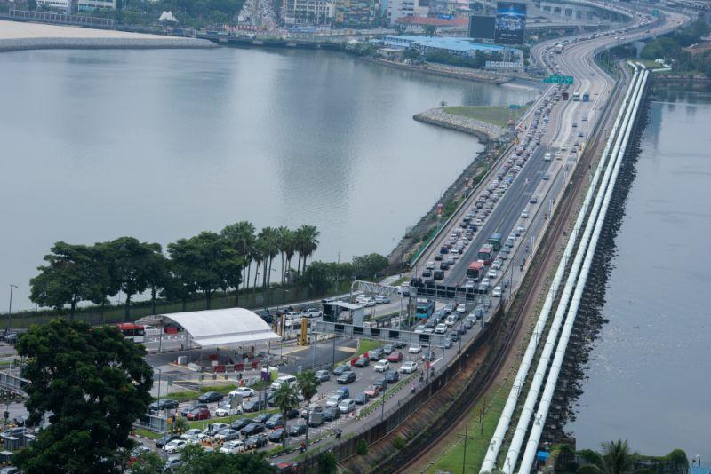 Traffic on the Woodlands Causeway. (Yahoo News Singapore file photo)