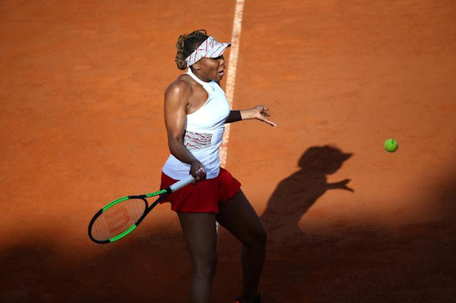 Tennis - WTA Premier 5 - Italian Open - Foro Italico, Rome, Italy - May 16, 2018 Venus Williams of the U.S. in action during her second round match against Russia's Elena Vesnina REUTERS/Alessandro Bianchi