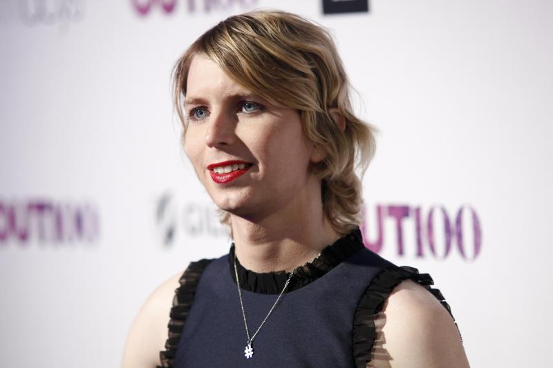 Judge Orders Chelsea Manning Released From Jail 1 Day After Alleged Suicide Attempt