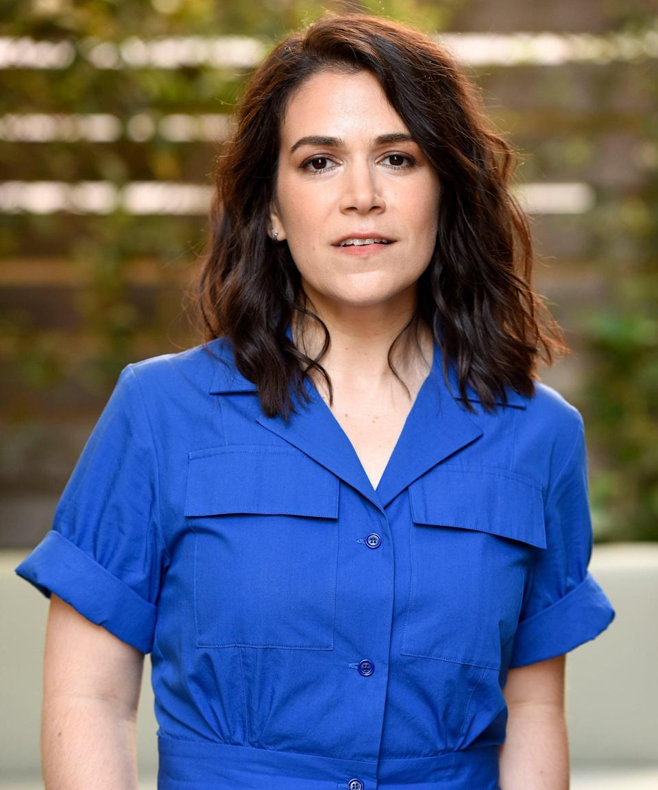 """<h3>Abbi Jacobson Voices Bean</h3><br><strong>Who Is Bean?</strong><br>Bean, full name Princess Tiabeanie Mariabeanie de la Rochambeau Grunkwitz, is a flawed but lovable princess who loves to drink. She was having difficulty getting over the death of her mother, and is pretty clueless to her mom's evil tendencies, but seems to be dedicated to getting Elfo back.<br><br><strong>Abbi Jacobson Essential Viewing</strong><br>You probably best know <a href=""""https://www.refinery29.com/en-us/2017/06/158930/broad-city-season-4-bleep-out-donald-trumps-name"""" rel=""""nofollow noopener"""" target=""""_blank"""" data-ylk=""""slk:Jacobson from"""" class=""""link rapid-noclick-resp"""">Jacobson from</a><em><a href=""""https://www.refinery29.com/en-us/2017/06/158930/broad-city-season-4-bleep-out-donald-trumps-name"""" rel=""""nofollow noopener"""" target=""""_blank"""" data-ylk=""""slk:Broad City"""" class=""""link rapid-noclick-resp""""> Broad City</a>,</em> the web-series-turned-show she co-created and co-starred in with Ilana Glazer. <em>Disenchantment</em> isn't her first foray into animation — she's also voiced characters for <em>BoJack Horseman</em> and <em>Bob's Burgers</em>. <span class=""""copyright"""">Photo: Courtesy of Focus Features.</span>"""
