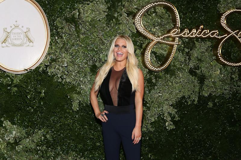 Jessica Simpson's new memoir will dish on ex Nick Lachey, 'Newlyweds' reality show