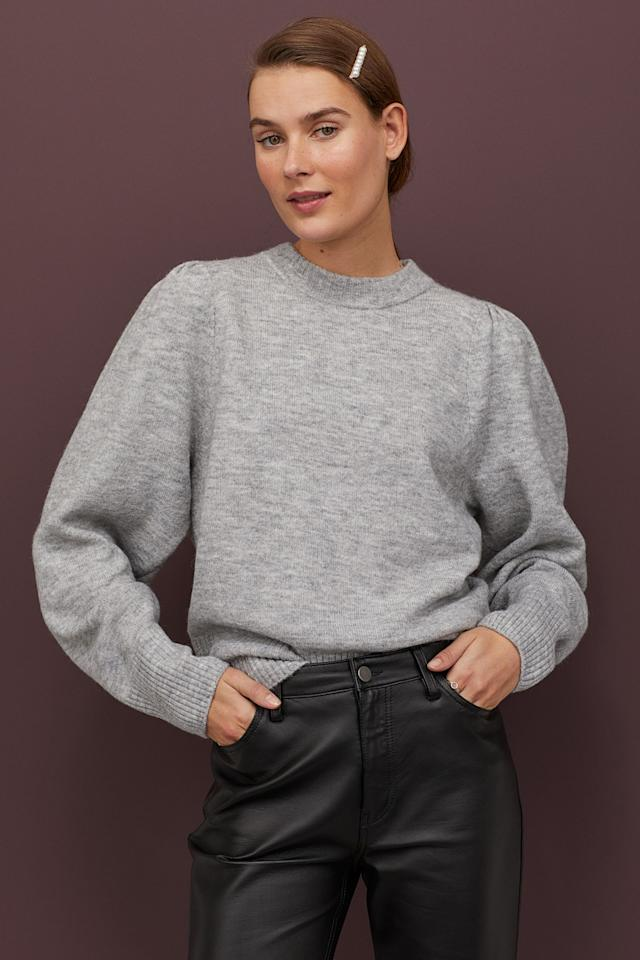 "<p><a href=""https://www.popsugar.com/buy/Fine-Knit-Sweater-556852?p_name=Fine-Knit%20Sweater&retailer=www2.hm.com&pid=556852&price=14&evar1=fab%3Aus&evar9=47308355&evar98=https%3A%2F%2Fwww.popsugar.com%2Ffashion%2Fphoto-gallery%2F47308355%2Fimage%2F47308601%2FFine-Knit-Sweater&list1=shopping%2Ch%26m%2Cspring%20fashion%2Csale%20shopping%2Cfashion%20shopping%2Caffordable%20shopping&prop13=mobile&pdata=1"" rel=""nofollow"" data-shoppable-link=""1"" target=""_blank"" class=""ga-track"" data-ga-category=""Related"" data-ga-label=""https://www2.hm.com/en_us/productpage.0826498001.html"" data-ga-action=""In-Line Links"">Fine-Knit Sweater</a> ($14, originally $35)</p>"