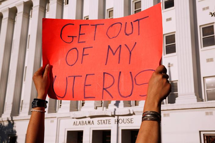 A pro-choice supporter in front of the Alabama State House, May 14, 2019. (Photo: Chris Aluka Berry/Reuters)