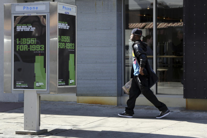 5,000 NYC pay phones will take you back to 1993