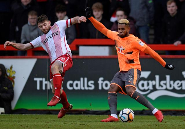 Soccer Football - FA Cup Third Round - Stevenage vs Reading - The Lamex Stadium, Stevenage, Britain - January 6, 2018 Reading's Leandro Bacuna in action with Stevenage's Danny Newton Action Images/Alan Walter