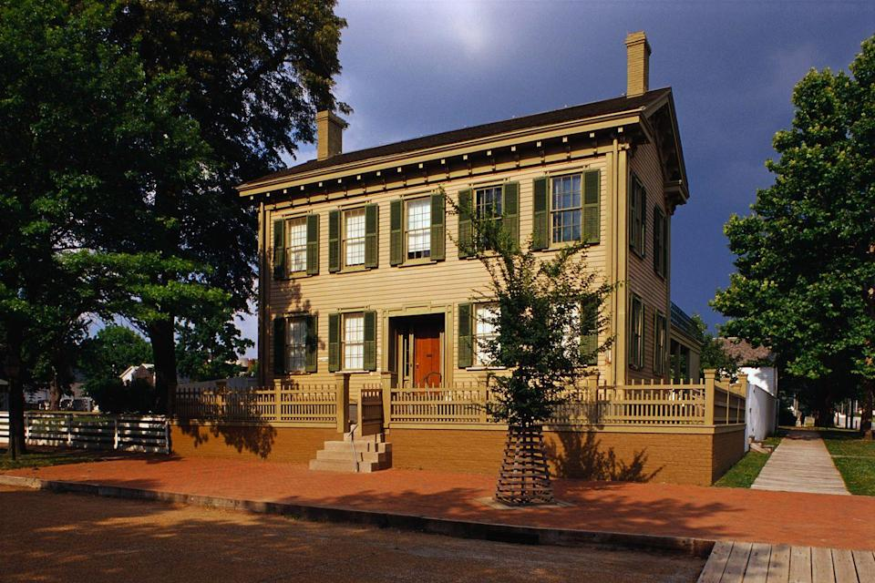 """<p><a href=""""https://www.nps.gov/liho/index.htm"""" rel=""""nofollow noopener"""" target=""""_blank"""" data-ylk=""""slk:Lincoln Home National Historic Site"""" class=""""link rapid-noclick-resp""""><strong>Lincoln Home National Historic Site </strong></a></p><p>Explore the Springfield home of President Abraham Lincoln, where he spent 17 years of his life raising his family. </p>"""