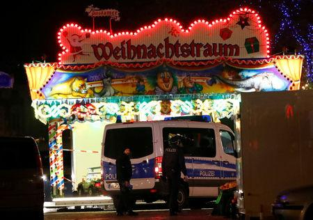 Blackmailer behind bomb scare at German market