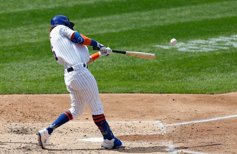 Jeff McNeil homers against the Phillies