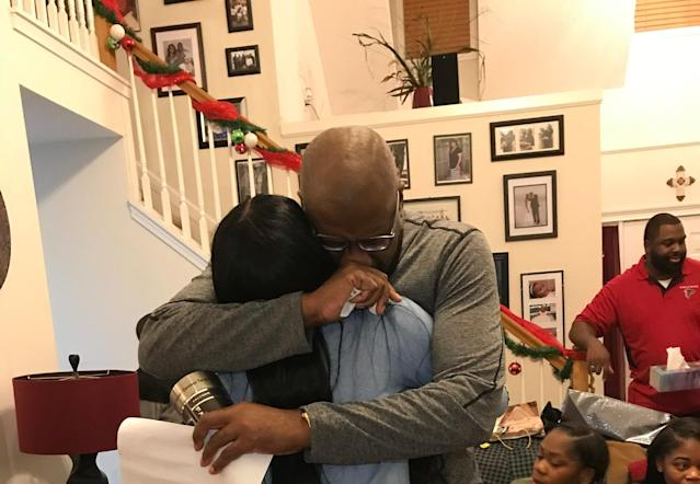 This woman and her stepfather share a special moment on Christmas. (Photo: Courtesy of Candace Terry-Raven)