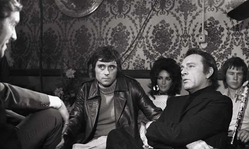 Ian McShane, Elizabeth Taylor and Richard Burton in Villain, 1971, directed by Michael Tuchner
