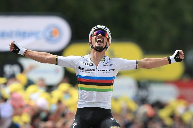 Julian Alaphilippe takes the first win and the yellow jersey of the 2021 Tour de France