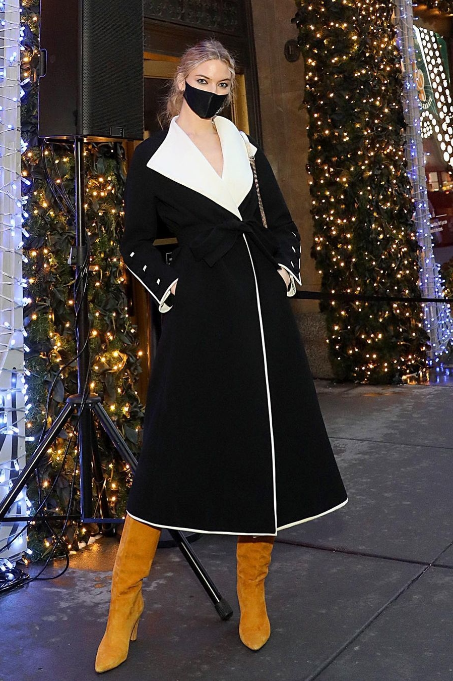 Martha Hunt's Cheerful Yellow Suede Boots For Saks Lights Up 5th Avenue –  Style Representative