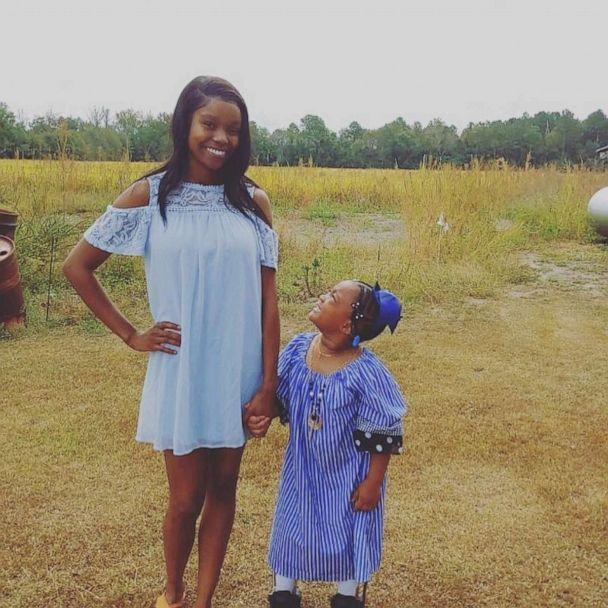 PHOTO: Shanell Jones of Fayetteville, North Carolina, is reaching millions with inspirational videos of her daughter Kinley, 4, learning how to walk without a walker. (Shanell Jones)