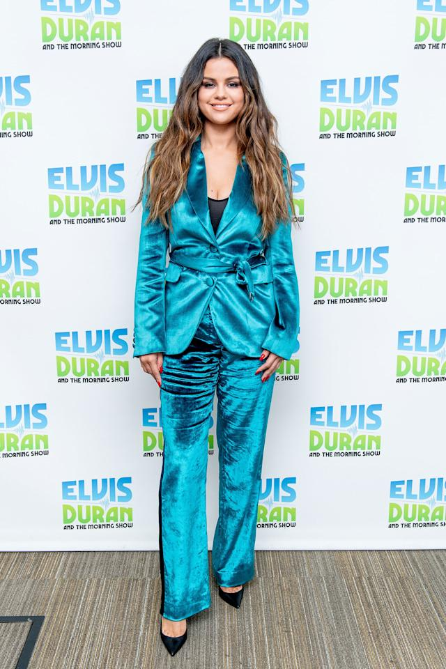 Selena was serving serious spring vibes with this suit. The blue outfit was a perfect choice in color and she wore it with black heels.