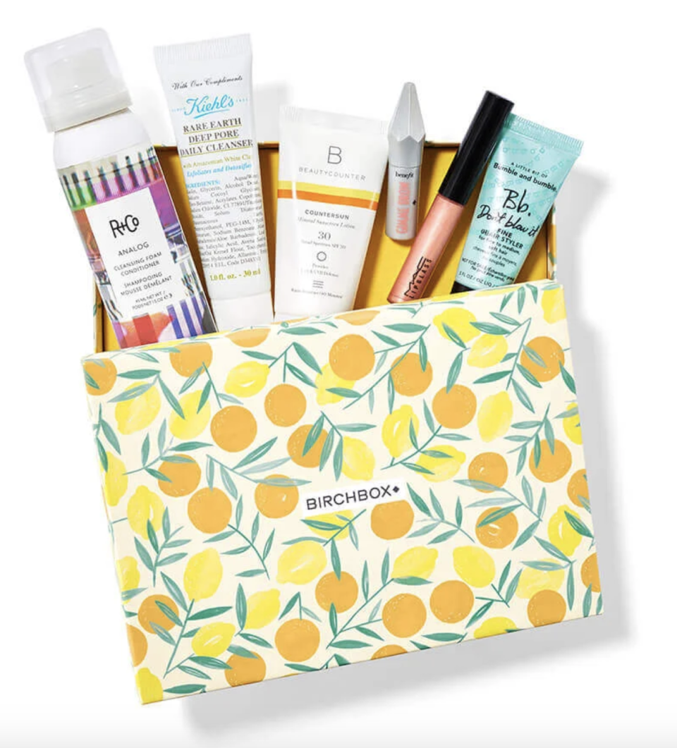 "<p><strong>Birchbox</strong></p><p>birchbox.com</p><p><strong>$110.00</strong></p><p><a href=""https://go.redirectingat.com?id=74968X1596630&url=https%3A%2F%2Fwww.birchbox.com%2Fproduct%2F33843&sref=https%3A%2F%2Fwww.countryliving.com%2Fshopping%2Fg32094034%2Fgraduation-gifts-for-her%2F"" rel=""nofollow noopener"" target=""_blank"" data-ylk=""slk:Shop Now"" class=""link rapid-noclick-resp"">Shop Now</a></p><p>Give your grad the gift that keeps on giving. With a Birchbox subscription, she'll receive a sampling of new beauty products every month. Talk about a self-care package!</p>"